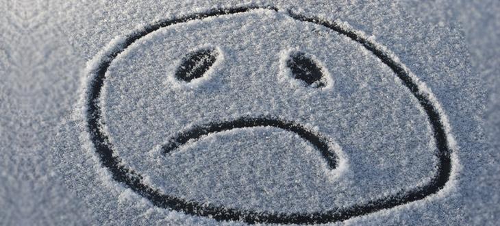 Зимняя депрессия постучалась в двери.
